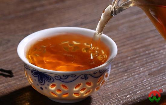 天天喝红茶